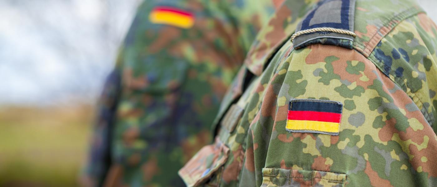 Difesa: Il dibattito sugli armamenti tedeschi diventa nucleare.