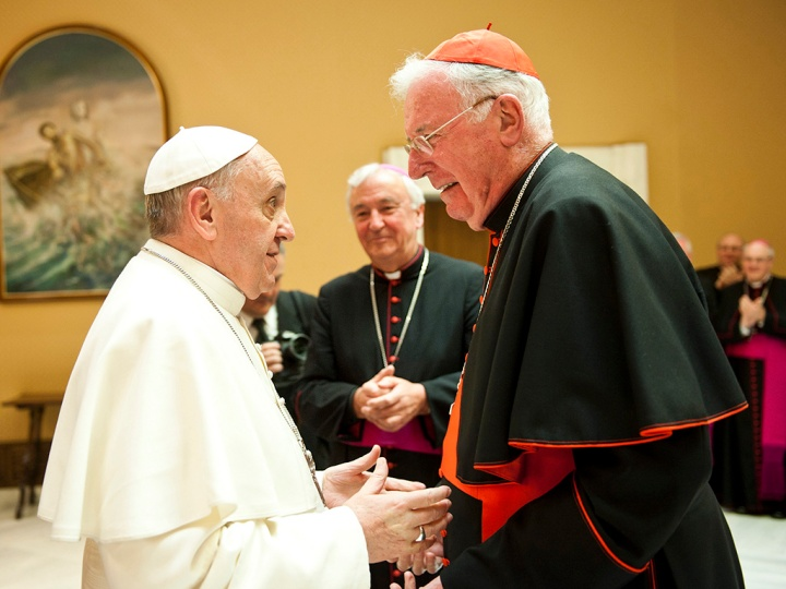 pope-francis-warmly-greets-cardinal-cormac-murphy-o-connor-as-cardinal-vincent-nichols-looks-on